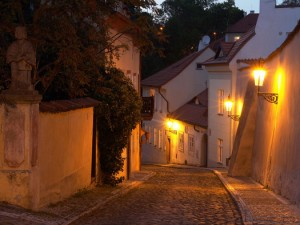 prague.alley.night